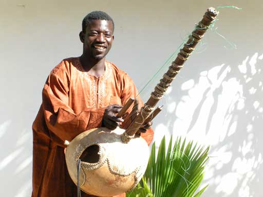 Jalikebba Kuyateh the kora master of Tanji
